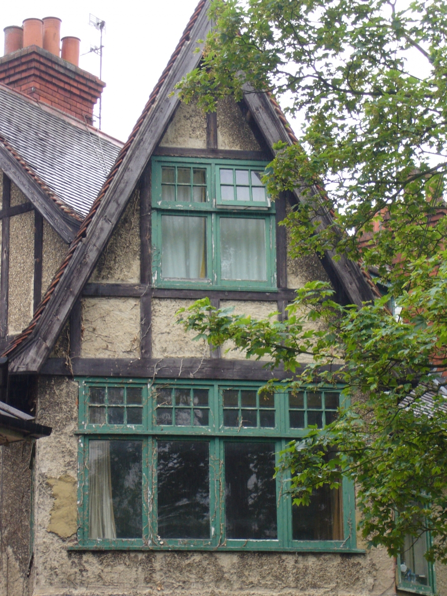 Do I Require Permission To Paint A Listed Building