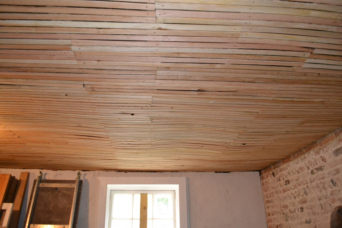 KB%20articles Laths%20for%20replastering - Best House Building Materials for Humid Climate
